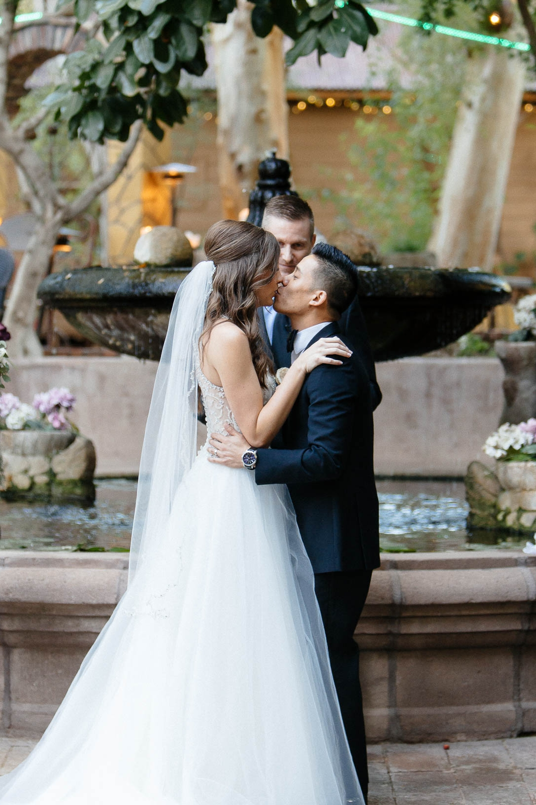 161112-Luxium-Weddings-Arizona-Jon-Madison-Boojum-Tree-First-Look-032.jpg