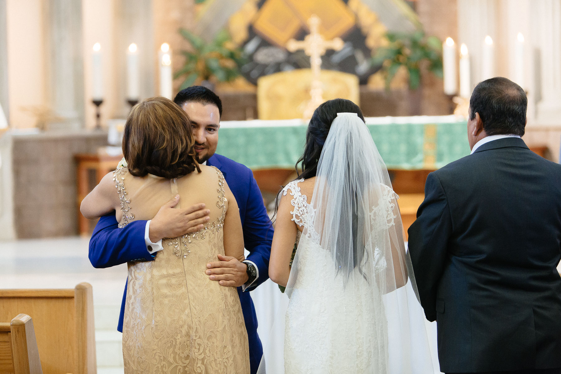 161029-Luxium-Weddings-Arizona-Jeff-Griselda-First-Look-Val-Vista-Lakes-Gilber-033.jpg