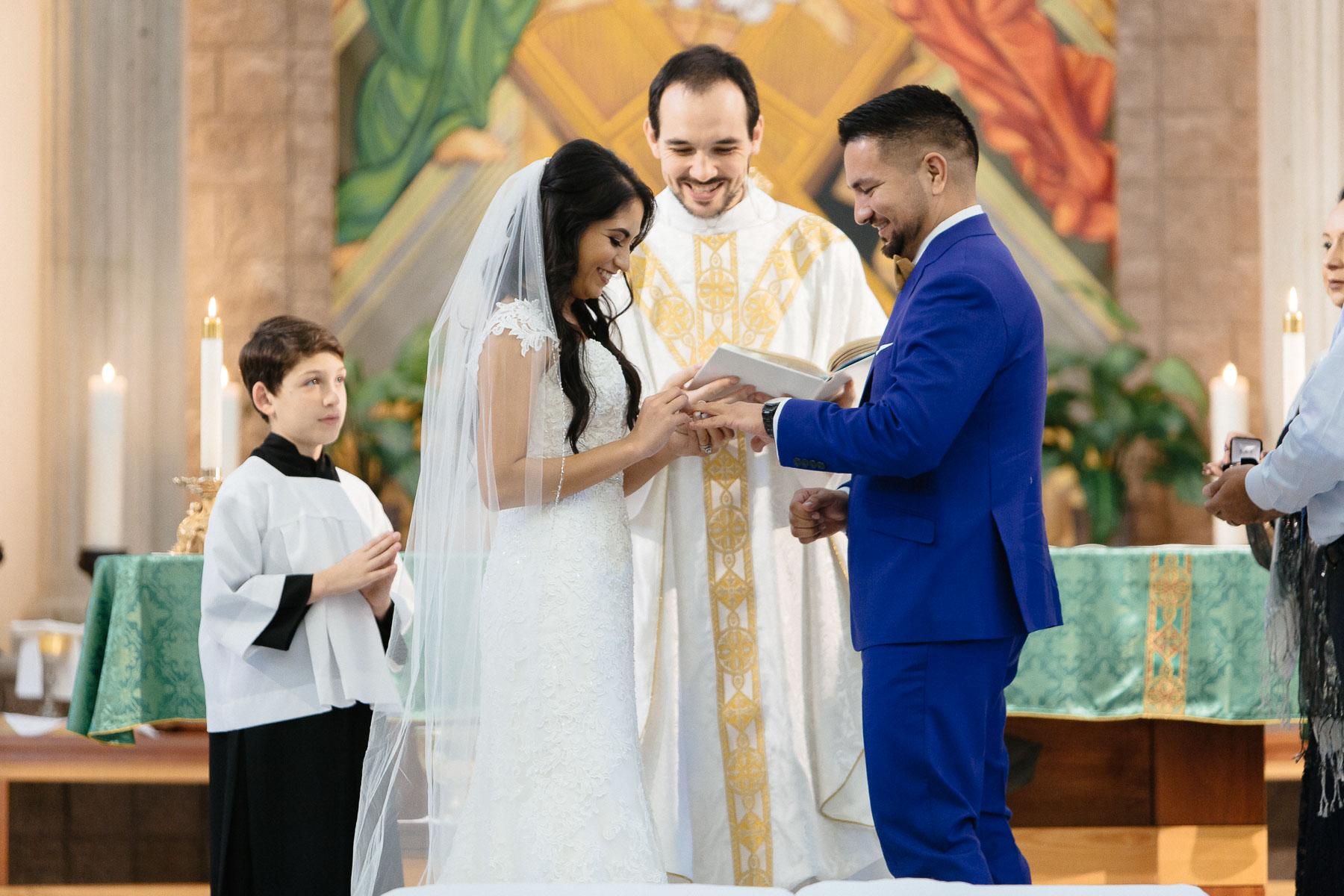 161029-Luxium-Weddings-Arizona-Jeff-Griselda-First-Look-Val-Vista-Lakes-Gilber-037.jpg