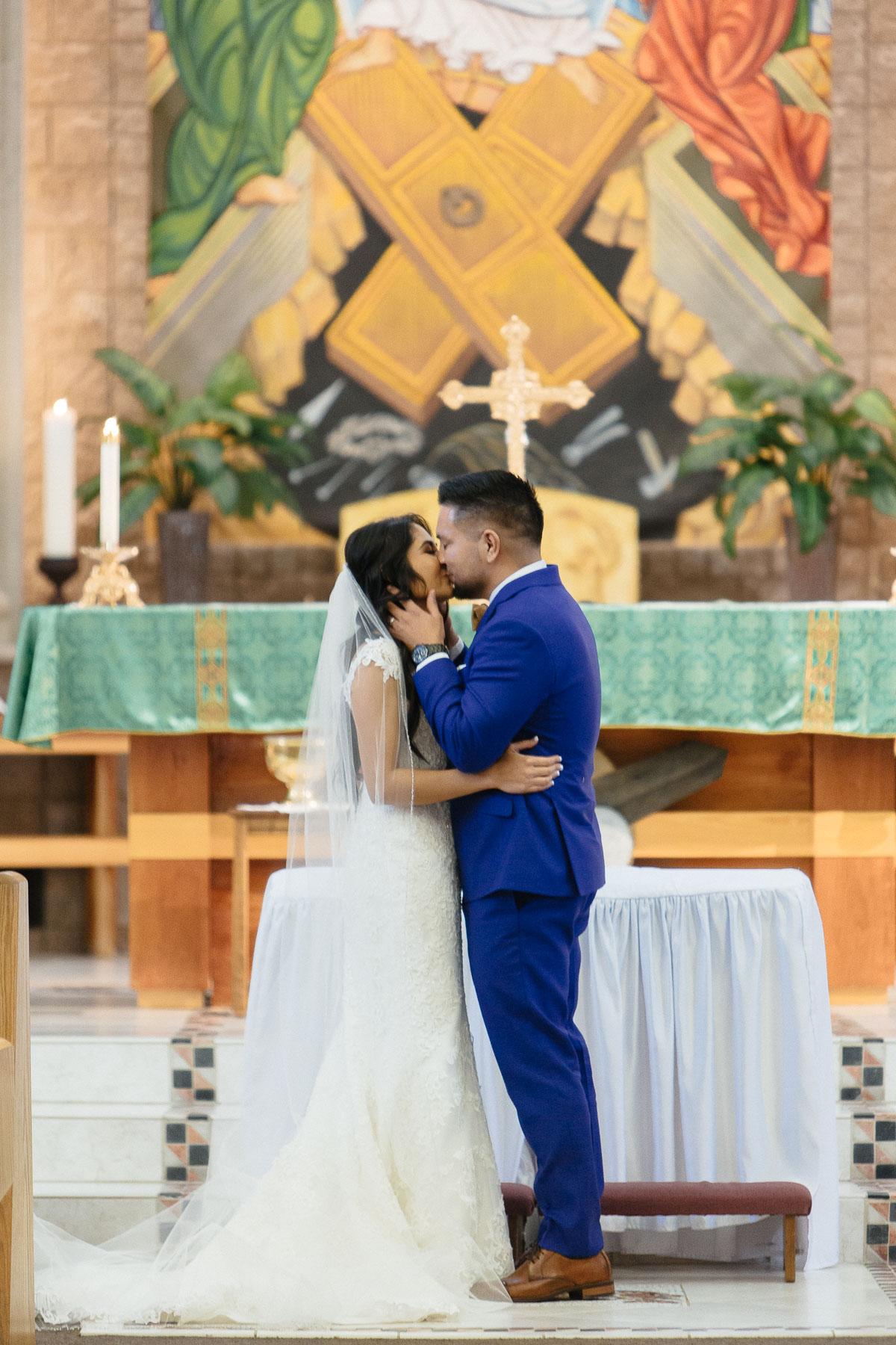 161029-Luxium-Weddings-Arizona-Jeff-Griselda-First-Look-Val-Vista-Lakes-Gilber-043.jpg