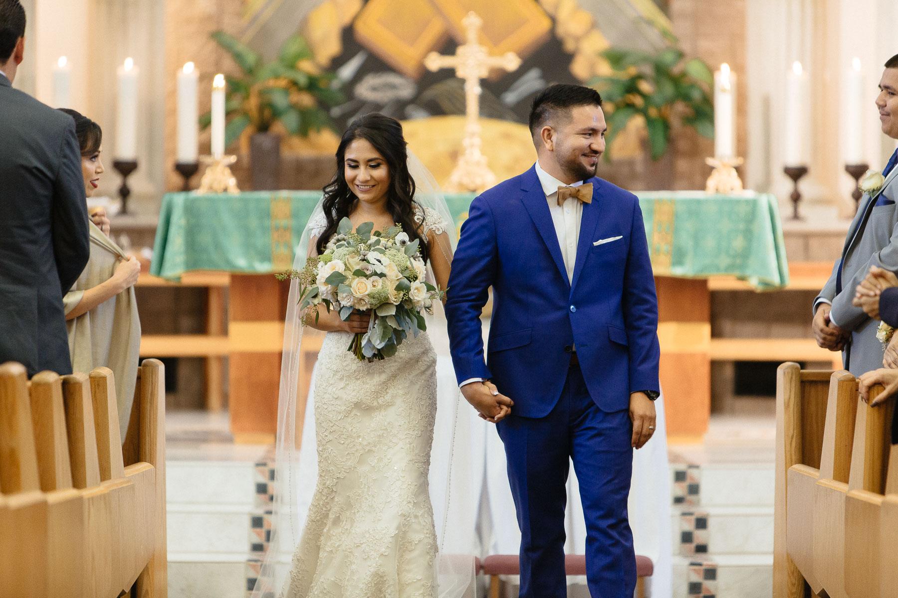161029-Luxium-Weddings-Arizona-Jeff-Griselda-First-Look-Val-Vista-Lakes-Gilber-044.jpg