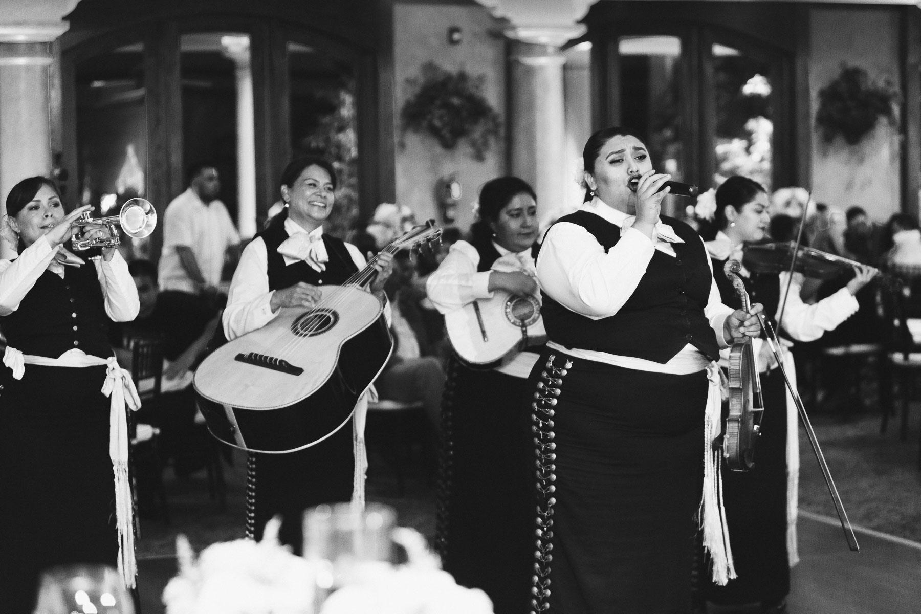 161029-Luxium-Weddings-Arizona-Jeff-Griselda-First-Look-Val-Vista-Lakes-Gilber-075.jpg