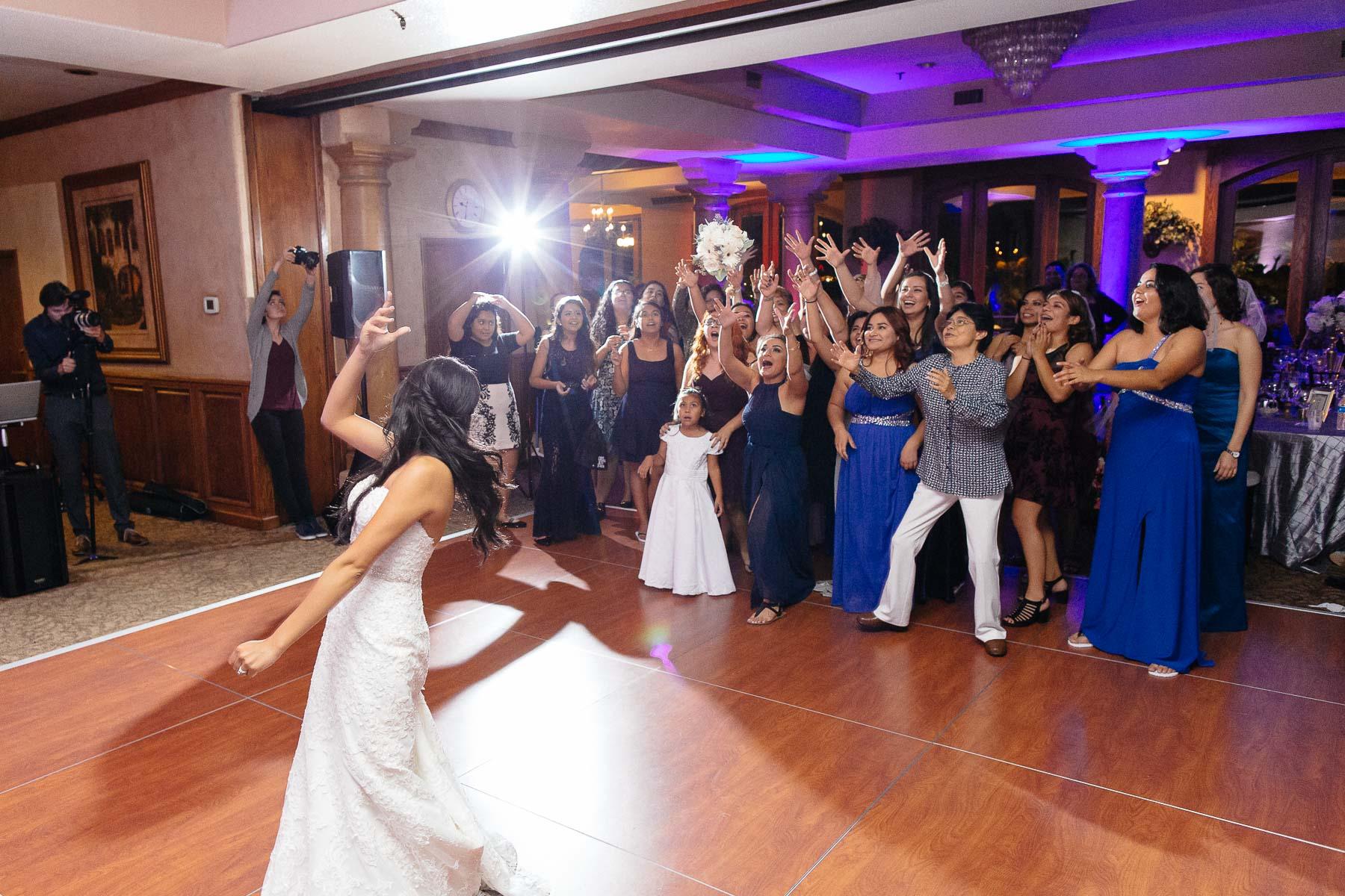 161029-Luxium-Weddings-Arizona-Jeff-Griselda-First-Look-Val-Vista-Lakes-Gilber-082.jpg
