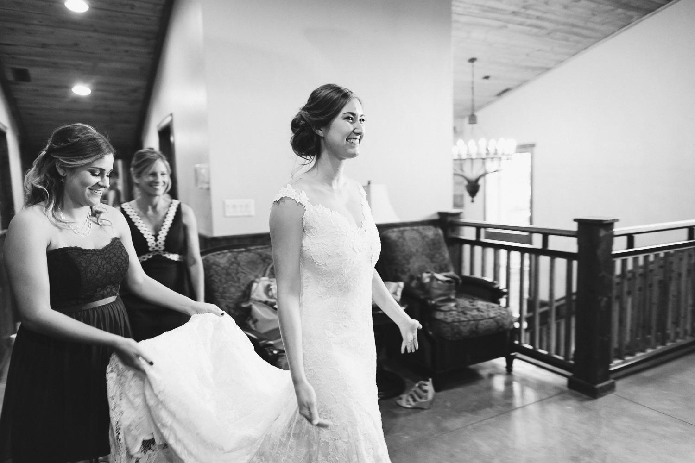 160902-Luxium-Weddings-Arizona-Michael-Becca-Spruce-Mountain-Ranch-Colorado-webres-023.jpg