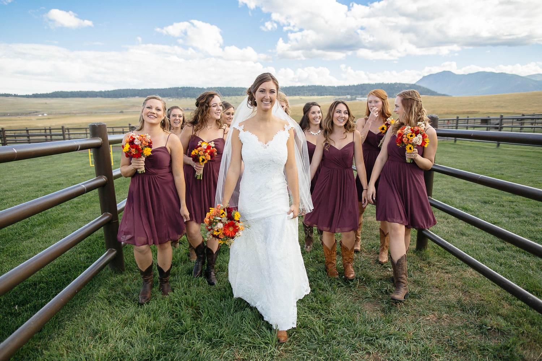 160902-Luxium-Weddings-Arizona-Michael-Becca-Spruce-Mountain-Ranch-Colorado-webres-038.jpg