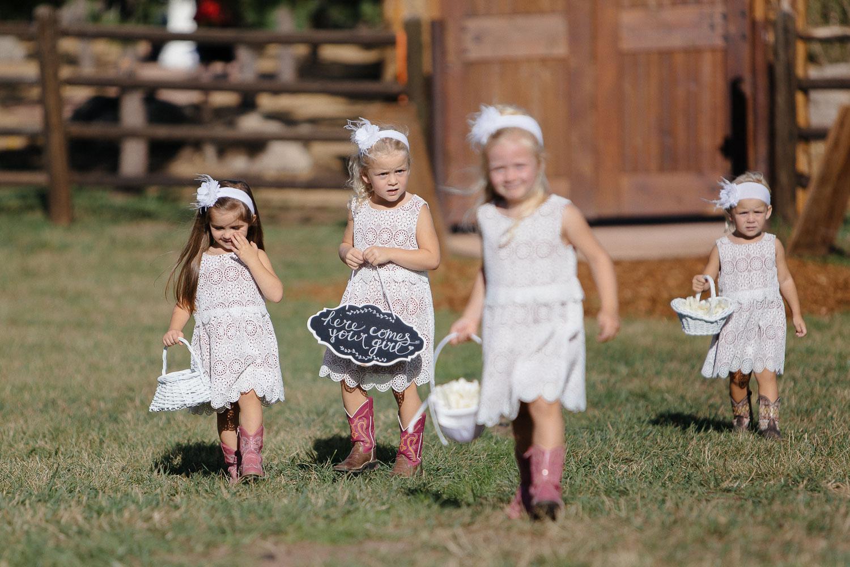 160902-Luxium-Weddings-Arizona-Michael-Becca-Spruce-Mountain-Ranch-Colorado-webres-051.jpg