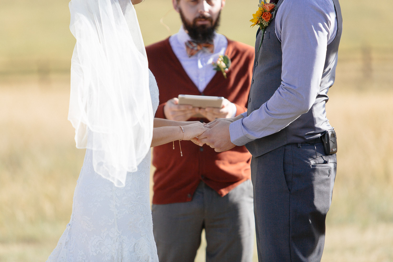 160902-Luxium-Weddings-Arizona-Michael-Becca-Spruce-Mountain-Ranch-Colorado-webres-063.jpg
