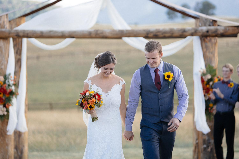 160902-Luxium-Weddings-Arizona-Michael-Becca-Spruce-Mountain-Ranch-Colorado-webres-067.jpg