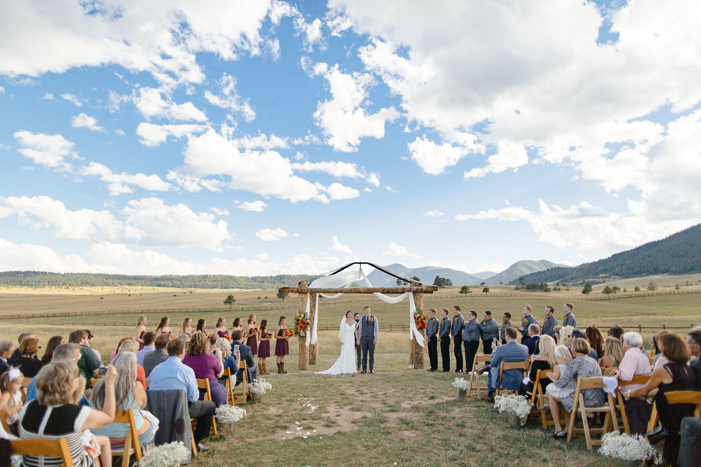 160902-Luxium-Weddings-Arizona-Michael-Becca-Spruce-Mountain-Ranch-Colorado-webres-068.jpg