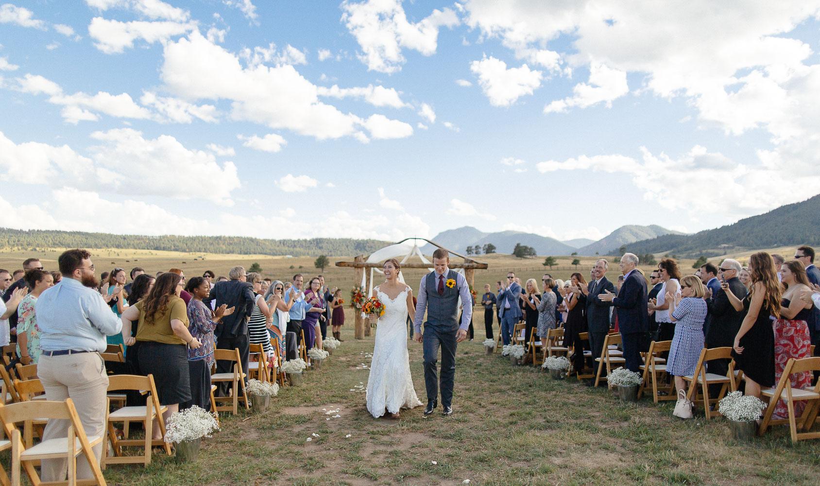 160902-Luxium-Weddings-Arizona-Michael-Becca-Spruce-Mountain-Ranch-Colorado-webres-069.jpg
