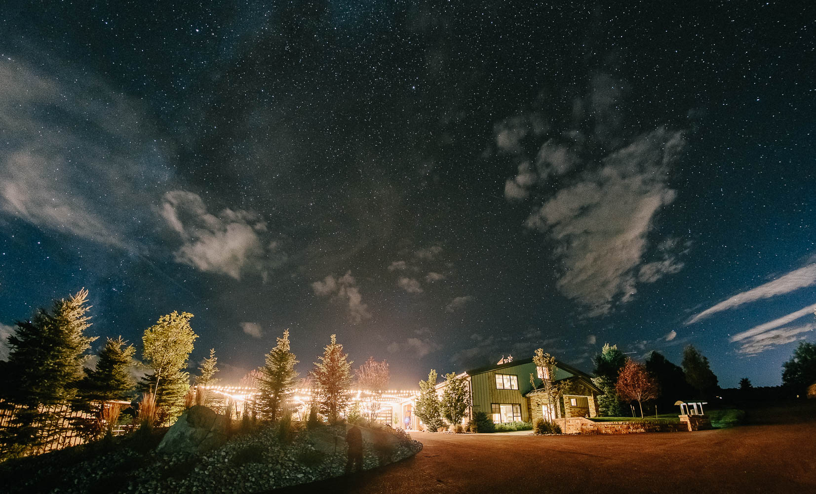 160902-Luxium-Weddings-Arizona-Michael-Becca-Spruce-Mountain-Ranch-Colorado-webres-112a.jpg