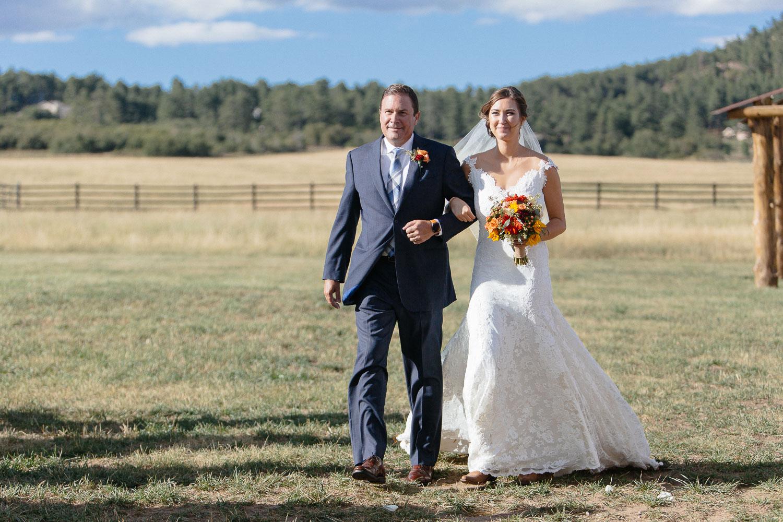 160902-Luxium-Weddings-Arizona-Michael-Becca-Spruce-Mountain-Ranch-Colorado-webres-054-2.jpg