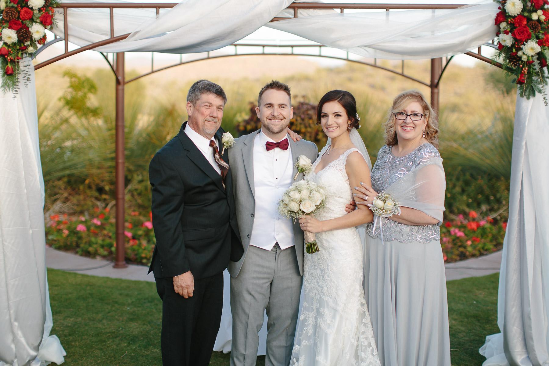 161210-Luxium-Weddings-Arizona-Matt-Jenny-Anthem-Golf-Country-Club-1043.jpg