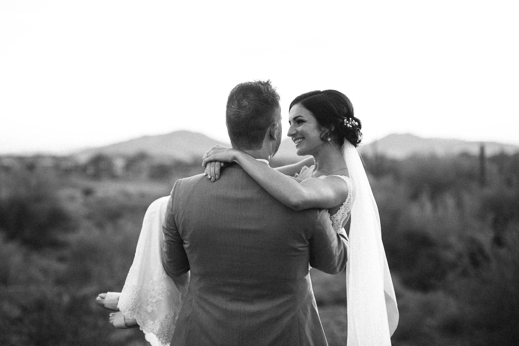 161210-Luxium-Weddings-Arizona-Matt-Jenny-Anthem-Golf-Country-Club-1059.jpg