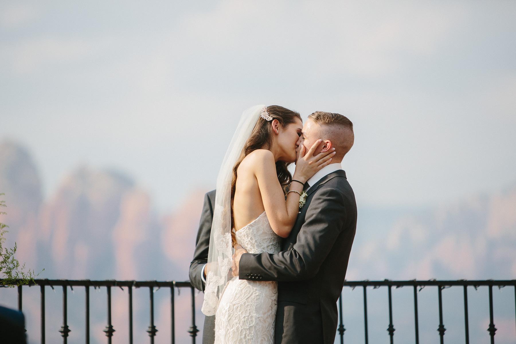 170528-Malkin-Wedding-Sedona-Arizona-Wedding-Photography-Sky-Ranch-Lodge-1022.jpg