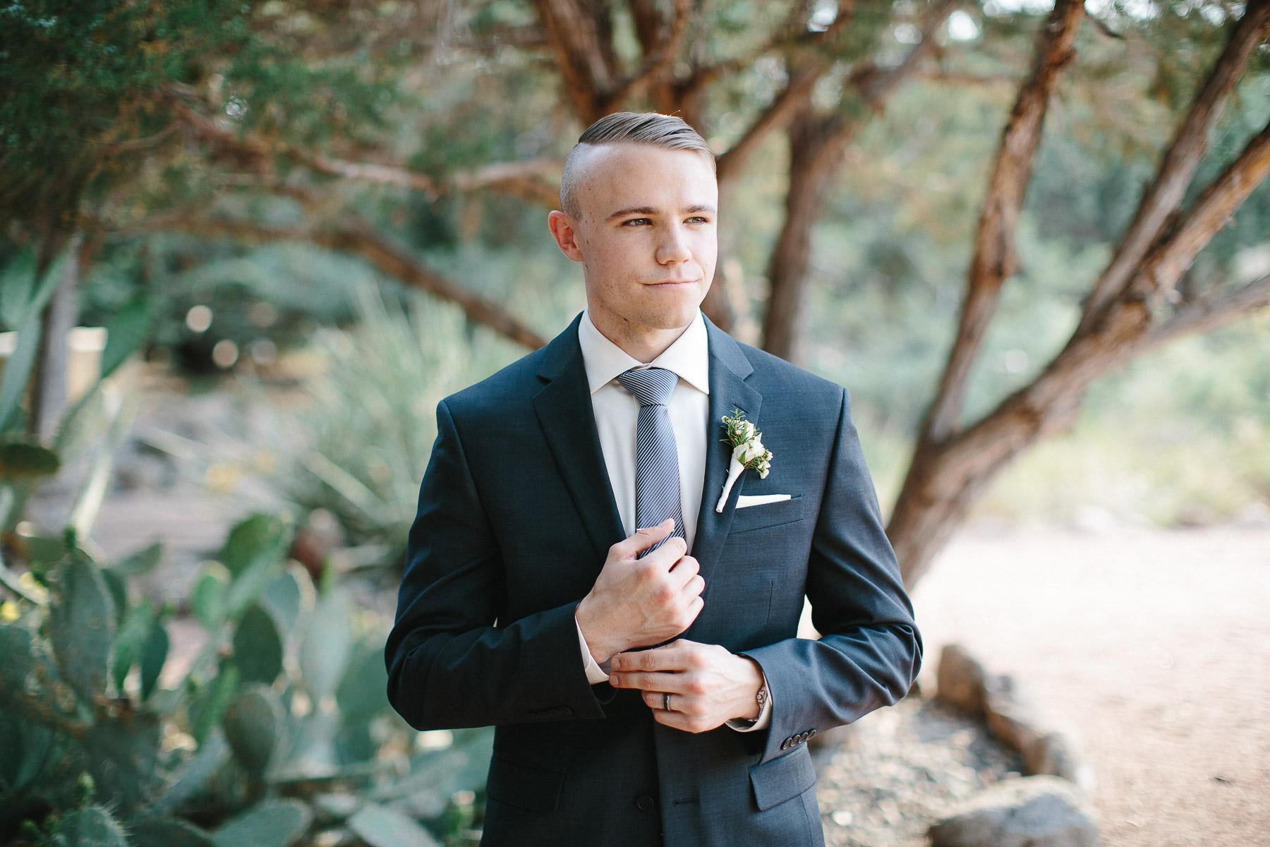 170528-Malkin-Wedding-Sedona-Arizona-Wedding-Photography-Sky-Ranch-Lodge-1023a.jpg