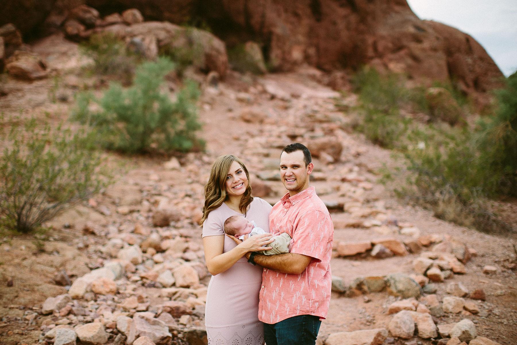 Luxium-Creative-@matt__le-Newborn-Baby-Photoshoot-Arizona-Phoenix-Papago-Park-Red-Rocks-104.jpg