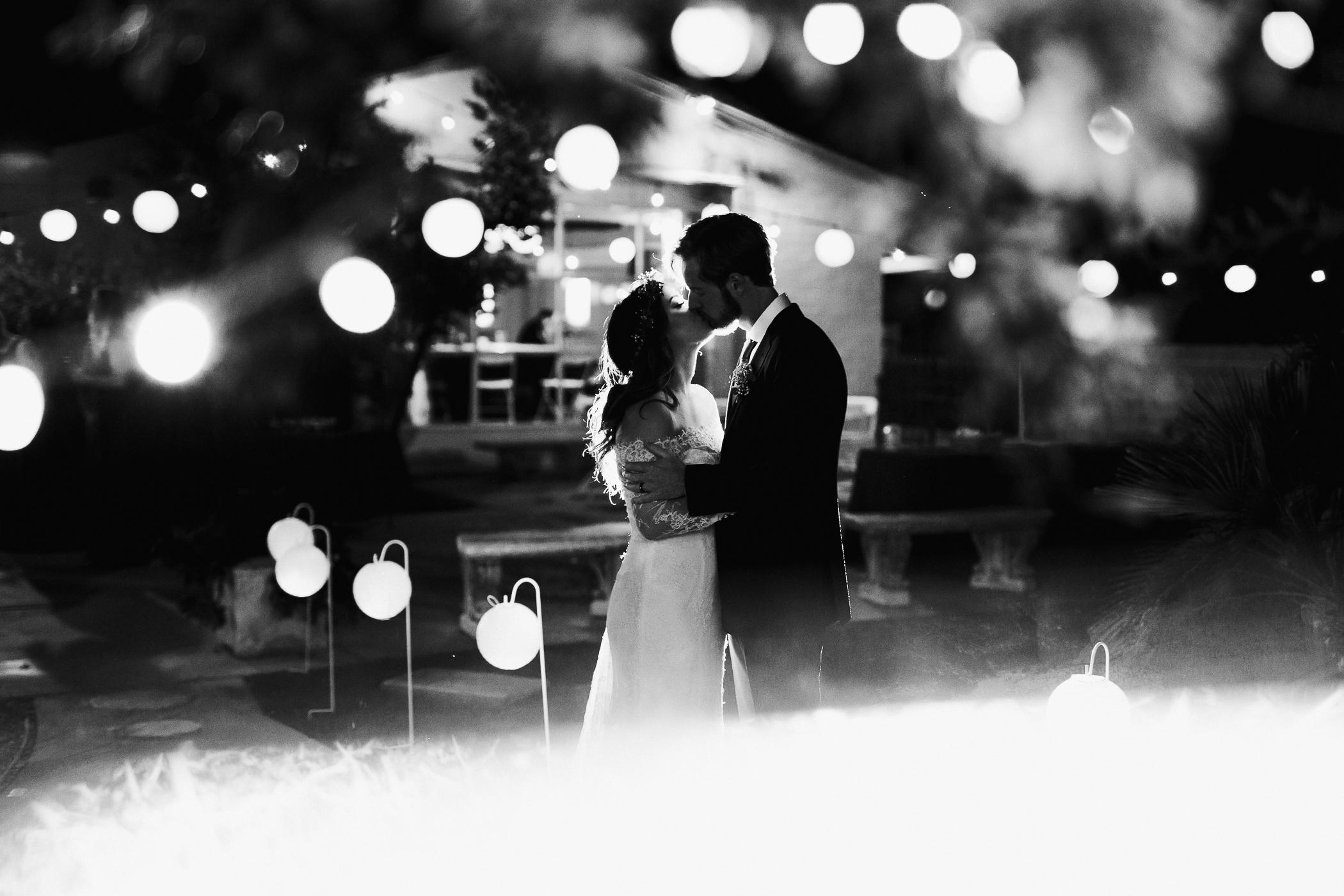 181104-Luxium-Weddings-Arizona-@matt__Le-Brandon-Kariana-Phoenix-Valley-Garden-Center-1153.jpg