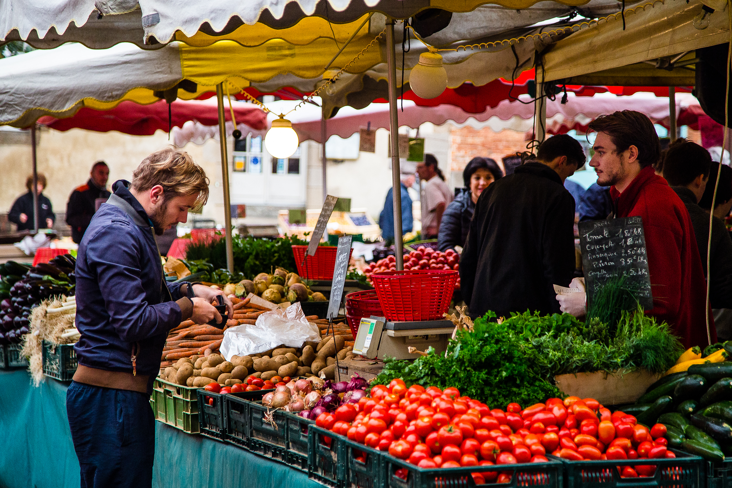 Marche des Lices Rennes France Farmers Market