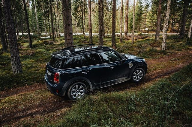 ••• Had an amazing Easter together with some wonderful people and this beauty of a car deep in the forests of Sweden. @minisverige #lifewithmini
