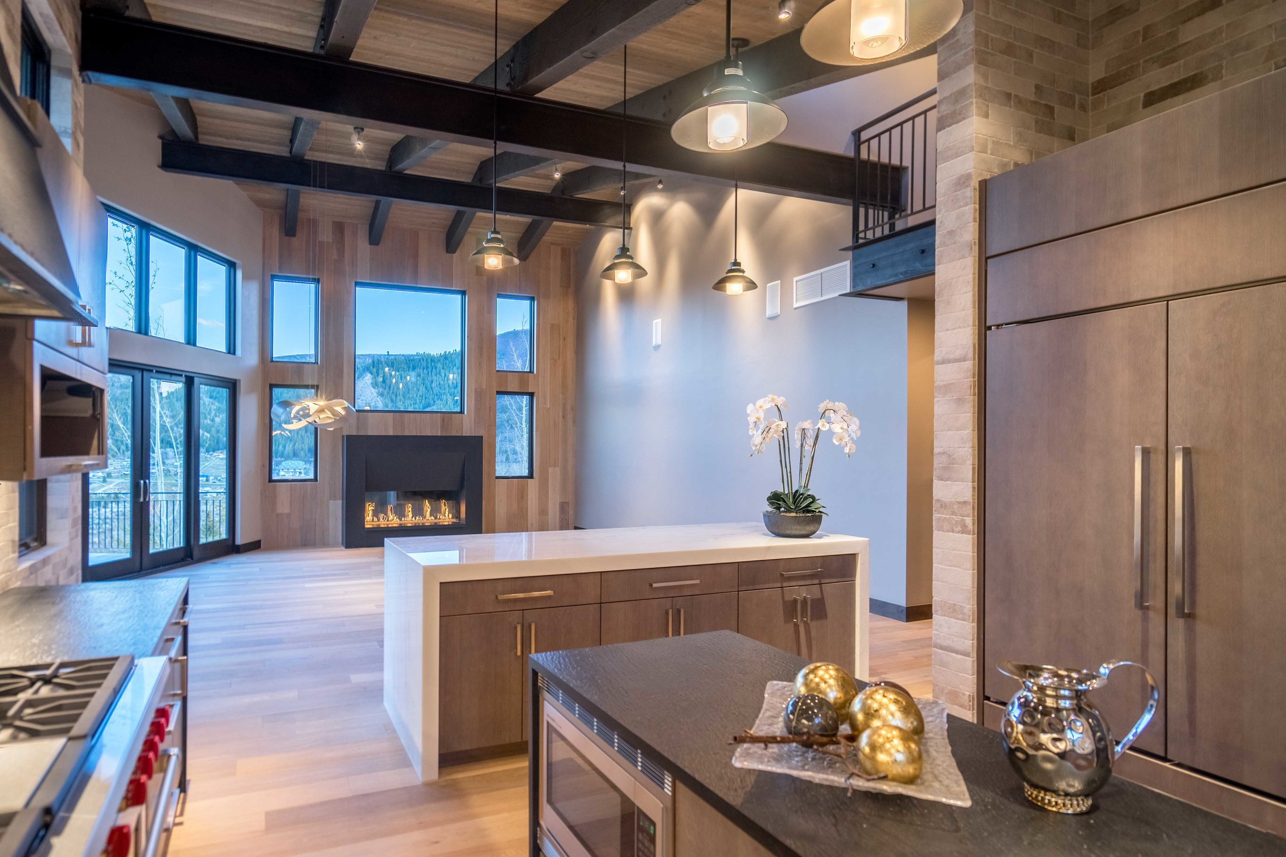 lot8-kitchen.greatroom.jpg