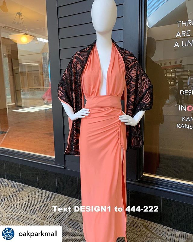 Don't forget to vote this week! Posted @withrepost • @oakparkmall The Designer Challenge is back! Our 3 finalists were tasked to create a style based on the Pantone Color of the Year, Living Coral. If you have a favorite, make sure to cast your vote via text message with the keywords listed in the photos. @kc_fashionweek @kcfashioncouncil