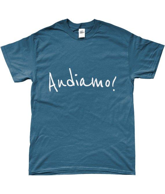 Mammaprada Italian Travel and Bilingual Parenting Blog | Shop multilingual T-shirts | Cultural T-shirts | Customization language T-shirts | Italian slogan T-shirt | Audiamo T-shirt