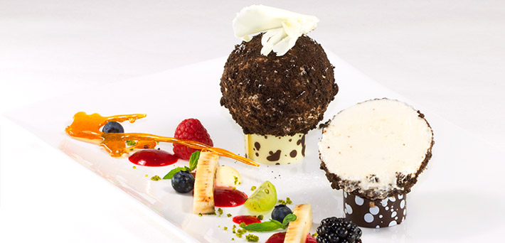 Banana Mousse in Chocolate Crumble