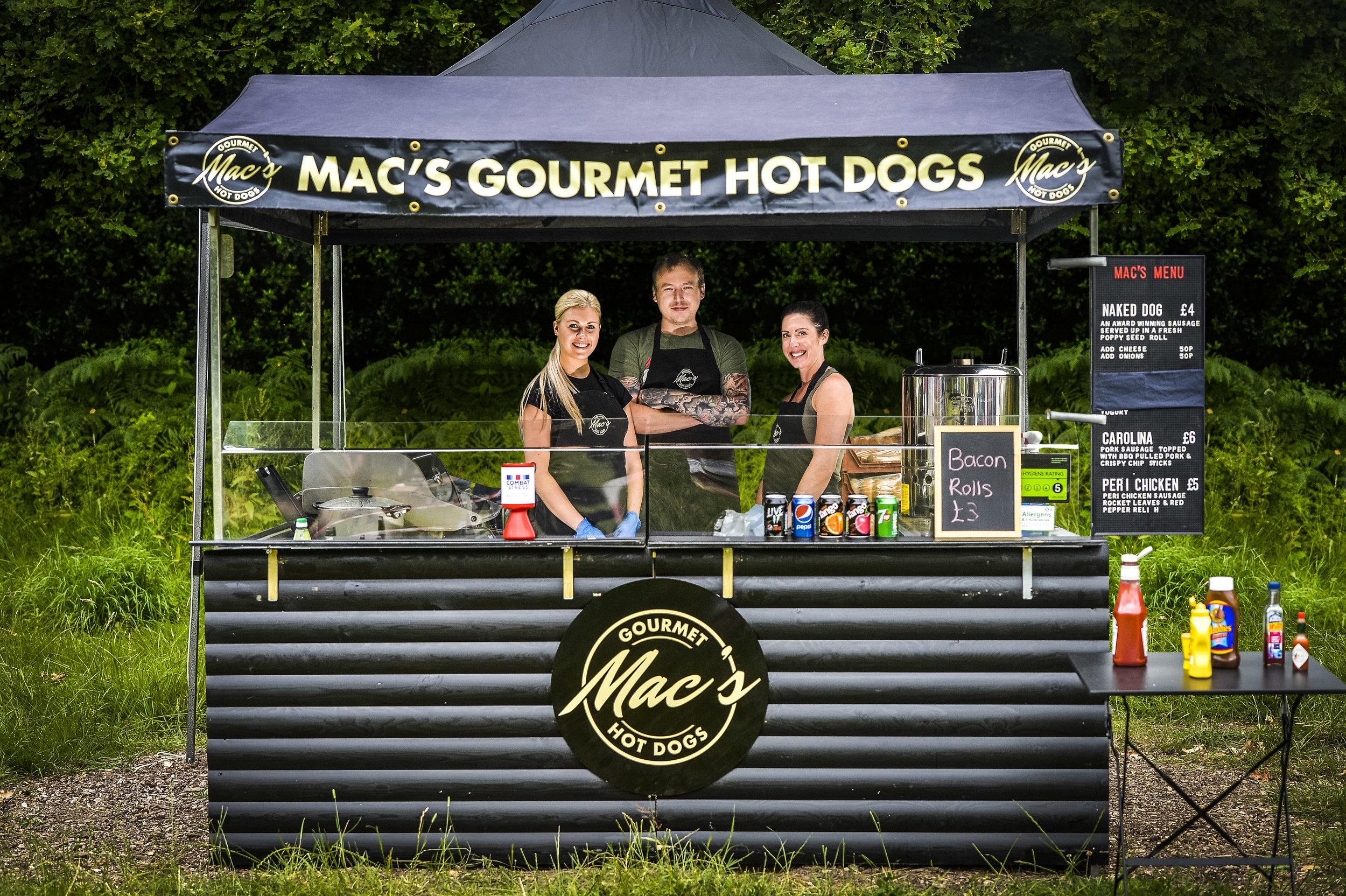 Macs-Hut.jpg