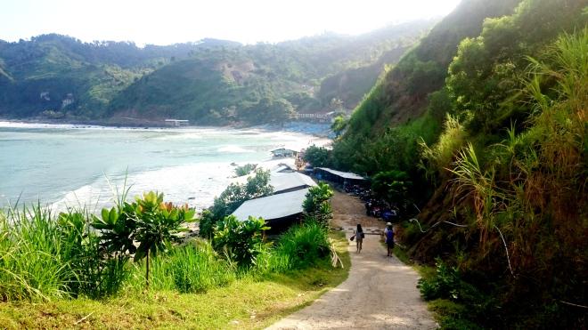 Pantai Menganti dari Arah Camping Ground
