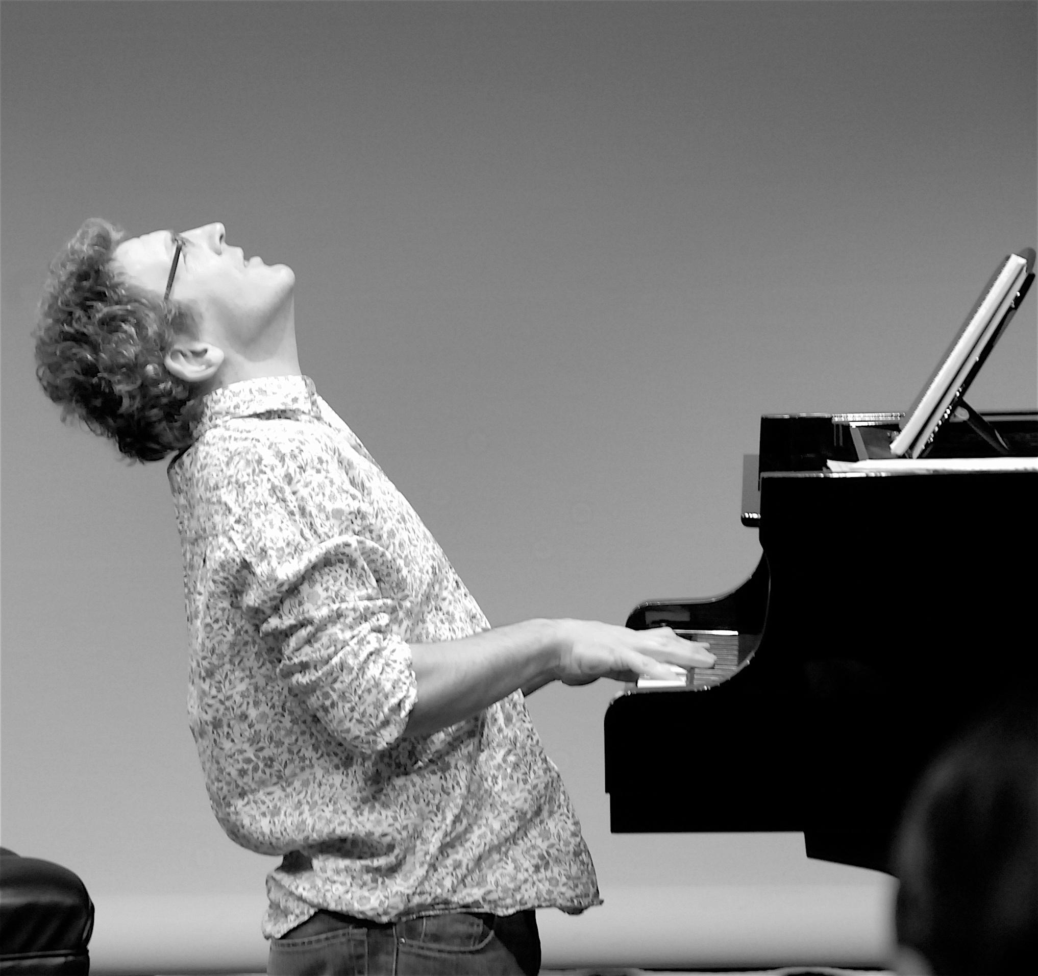Hugh+piano+stretch.jpg