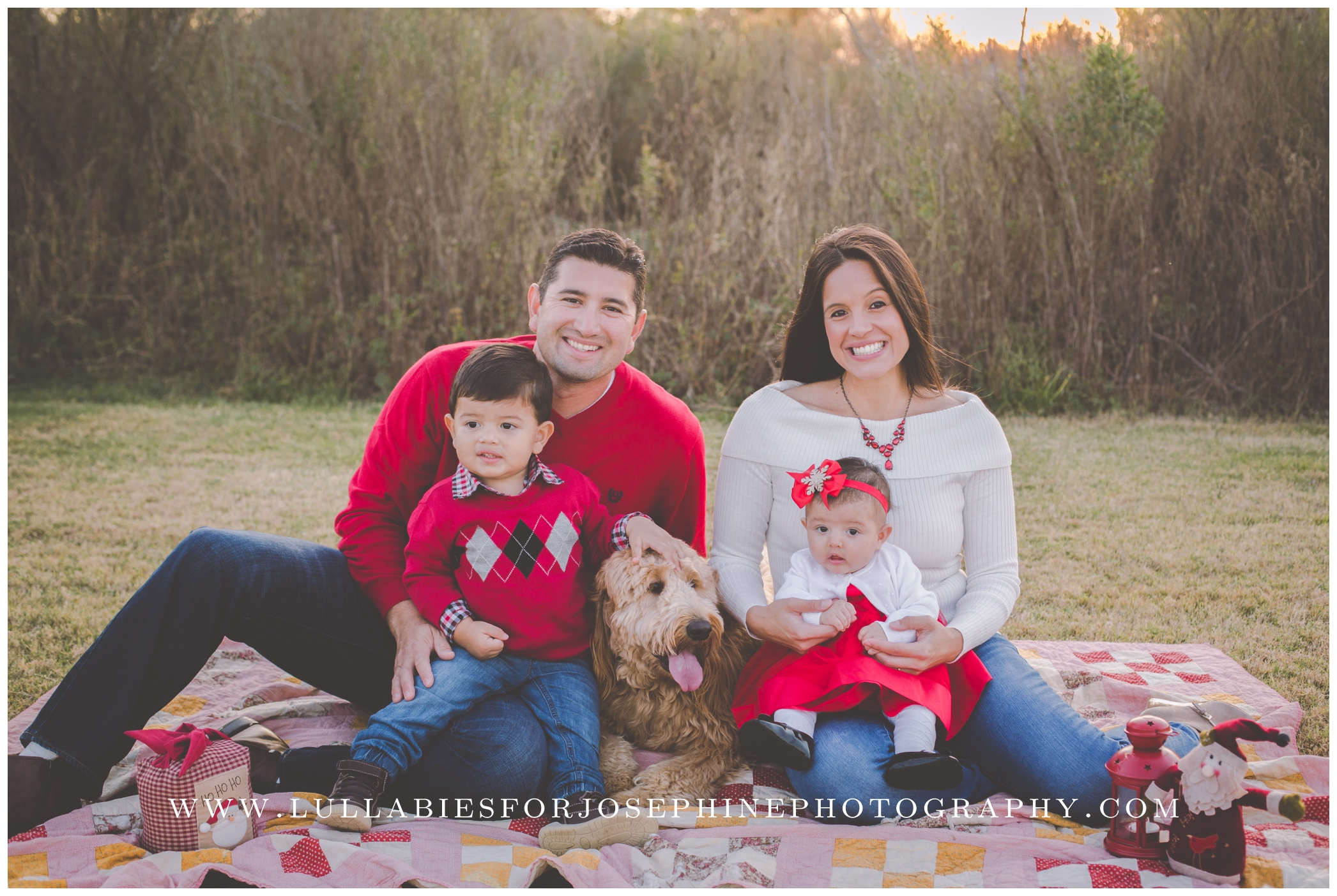 Bergen-County-Family-Photographer-Family-Mini-Sessions-Red-Winter-Photos-Outdoor-Sunset