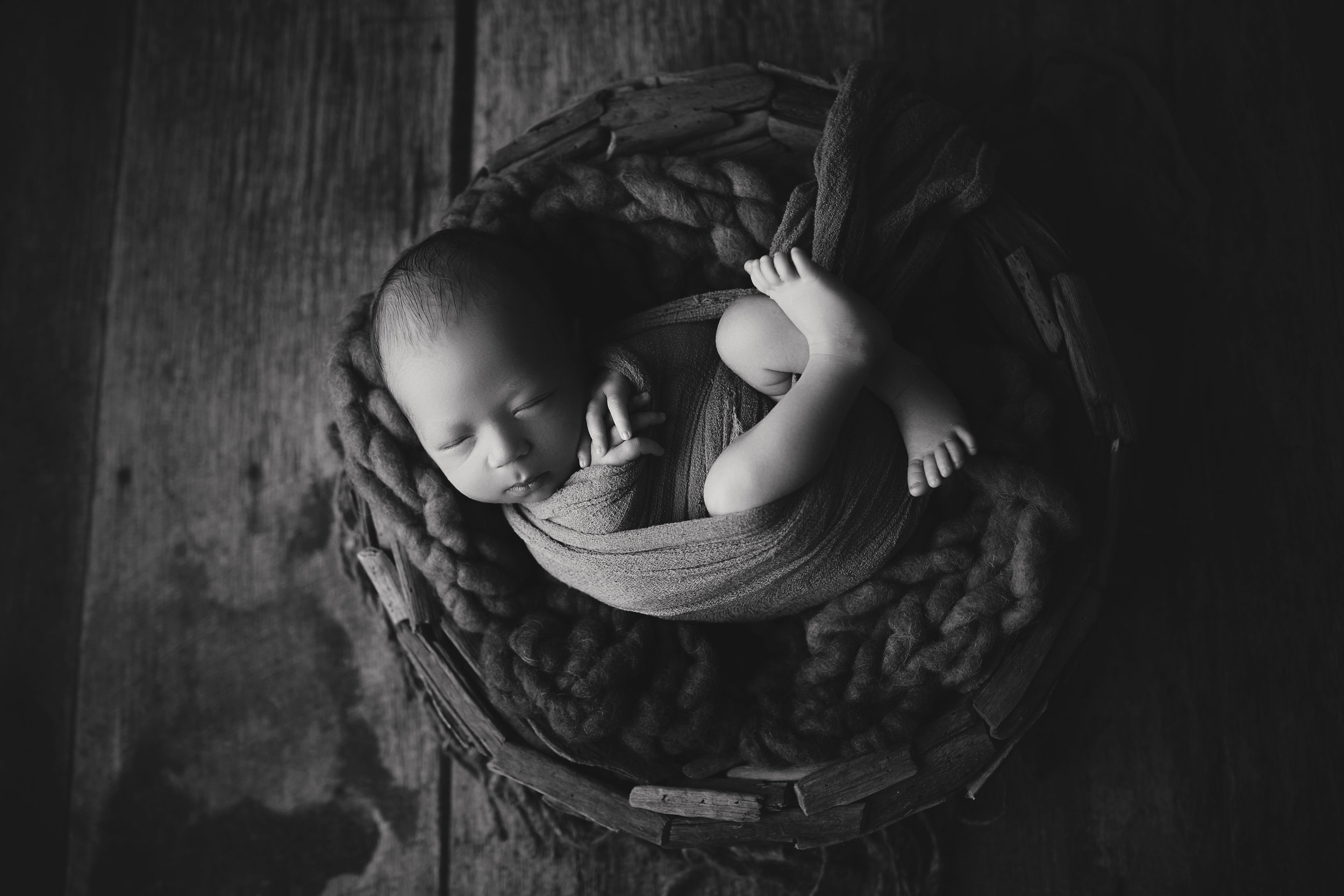 Westfield NJ Newborn Photographer bowl baby wrap rustic