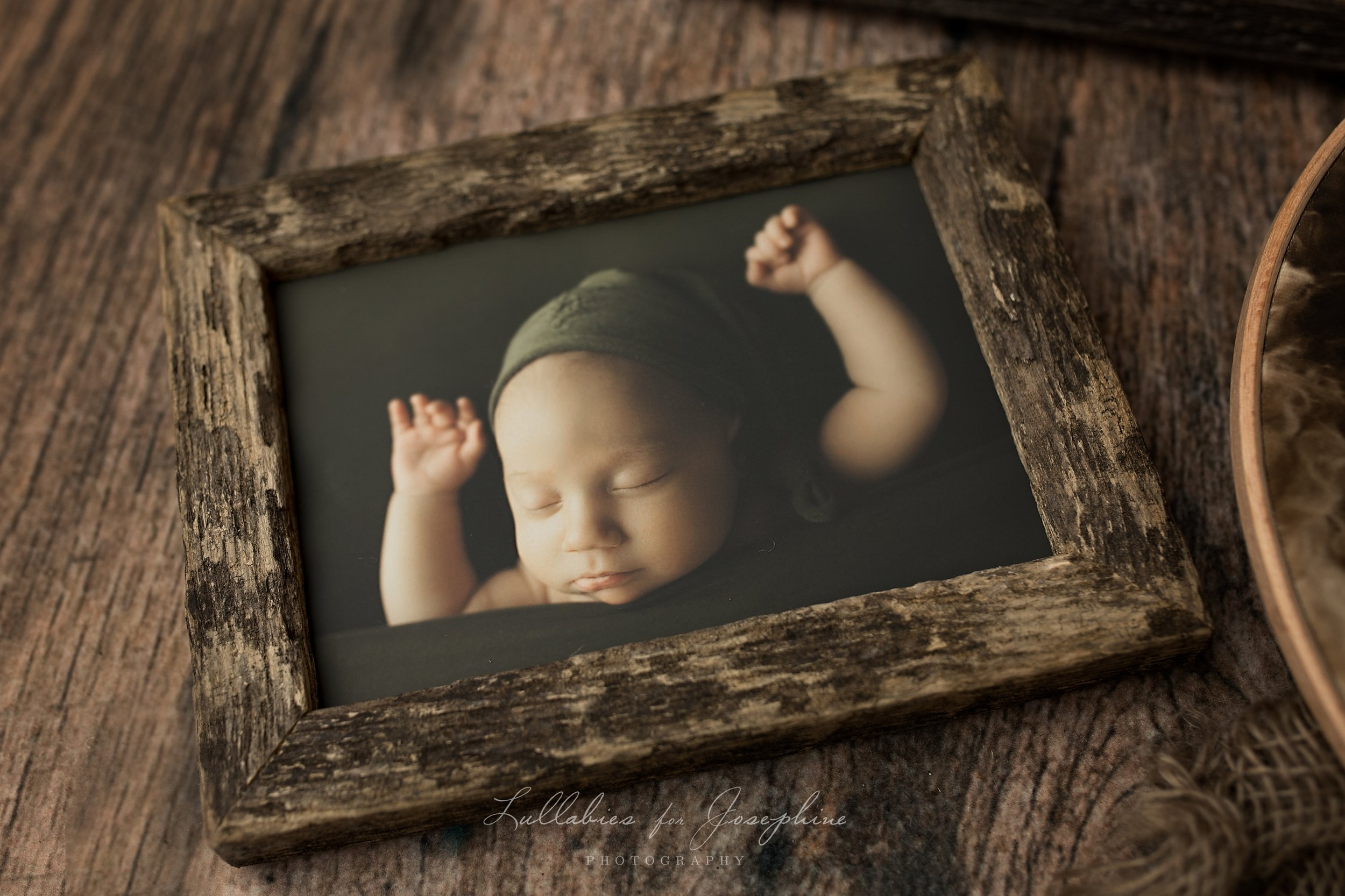 Basic Barn-wood Rustic Framed Print