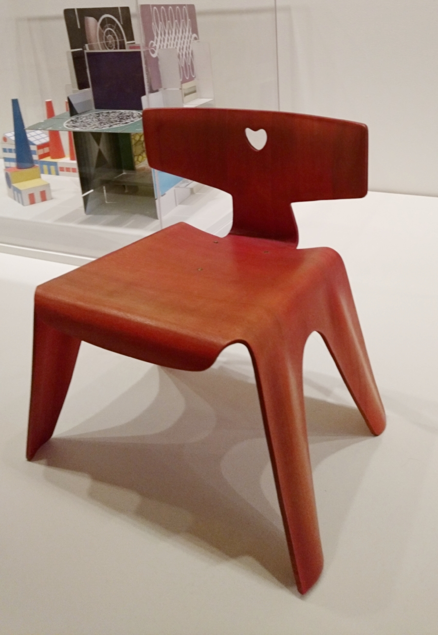 Ray & Charles Eames,    Child's chair   , c. 1944.
