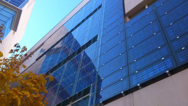 BAPV-solar-facade-624x351.jpg