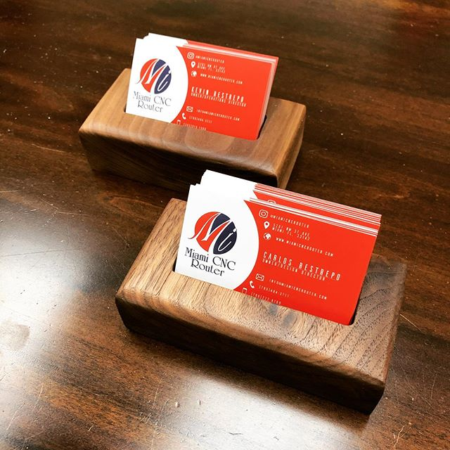 Solid walnut business card holders ✅ Need a custom piece made? Call or send us an email for more info. ➖ ➖ ➖ #miamicncrouter #interior #art #cnccutting #architecture #interiordesign #engravings #wynwood #prototyping #brickell #interiordecor #instagood #millwork #beautiful #design #commercial #installation #business #workshop #walnut #marketing #decor #art #businesscard #custom #event #miami #decorative #cards