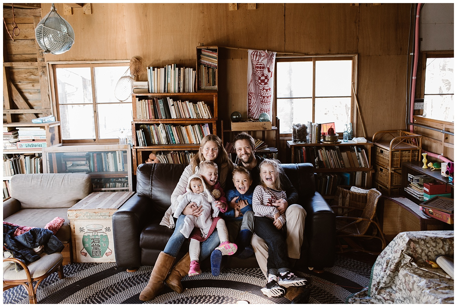 Cozy Home Lifestyle Session- Vancouver Island Family Photographer - Photo By Rachael Alexandra Co_0003.jpg