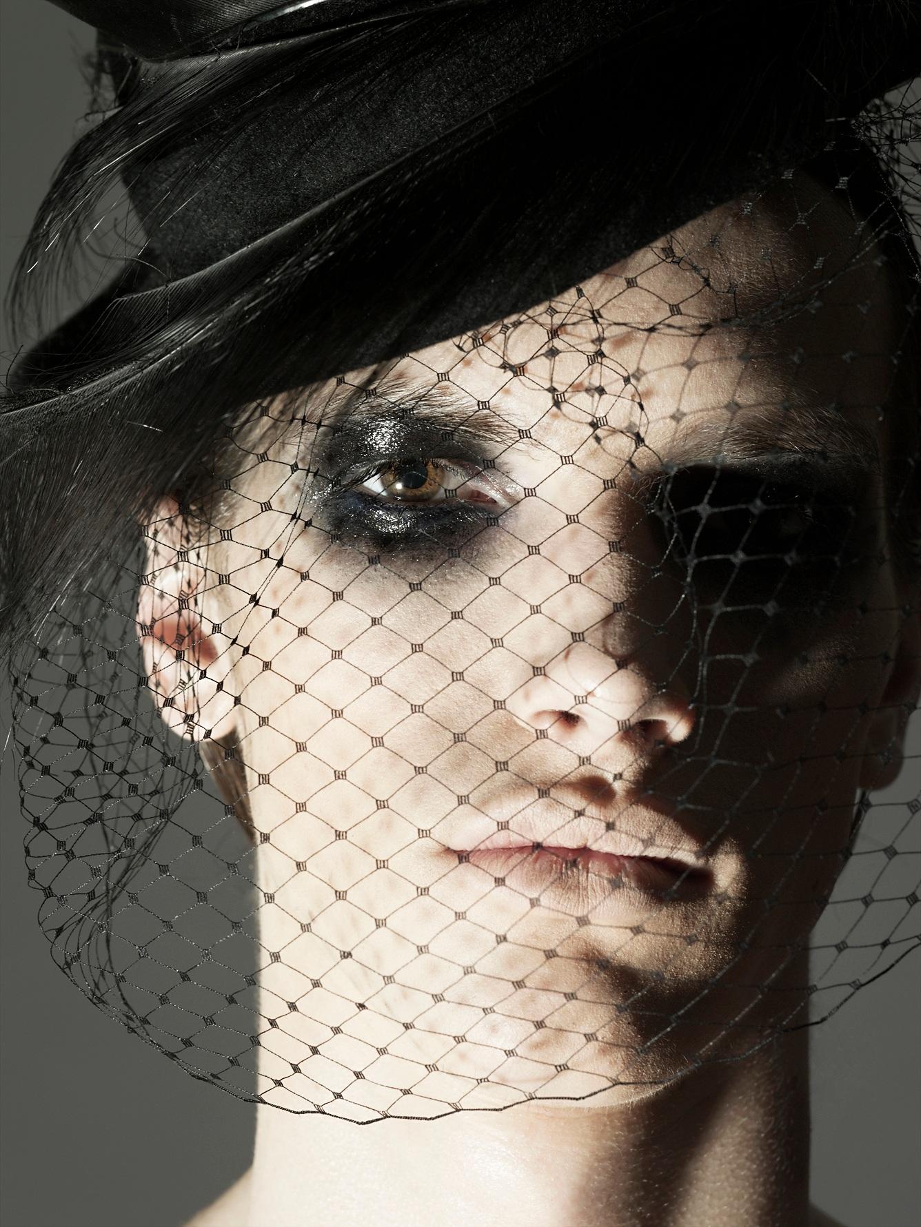 web+men+veil+_390.jpg