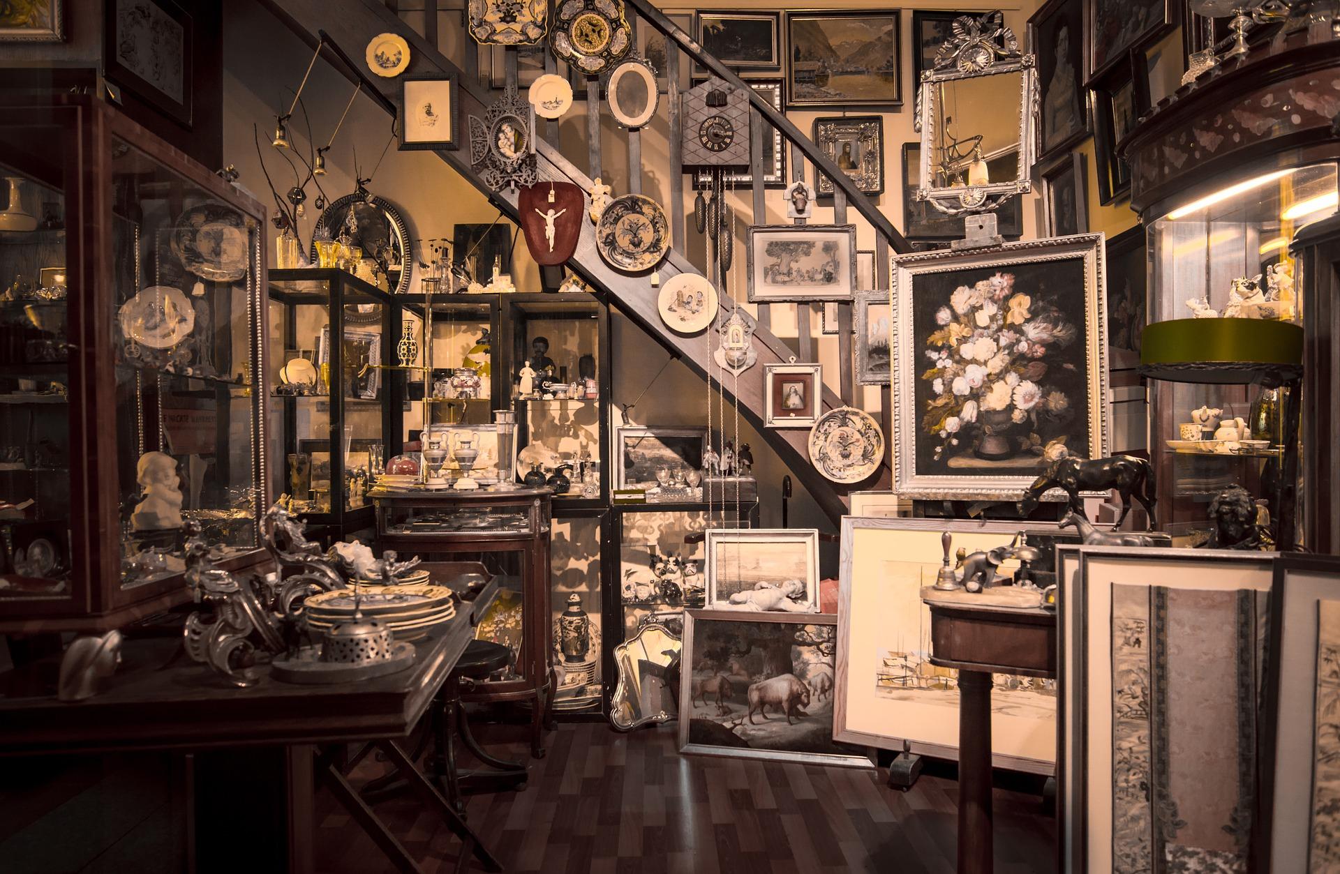 antique-1863905_1920.jpg