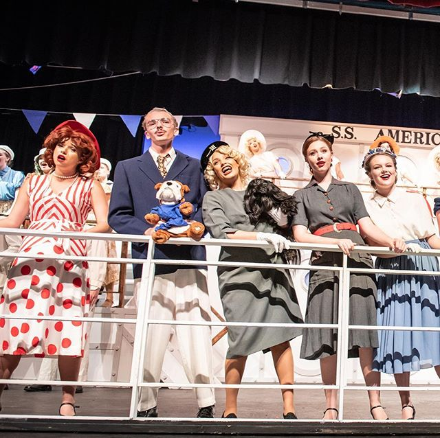 Only two more shows before we say #bonvoyage to this amazing production. Make sure you #treatyoself to a night of hilarious theatre. Tickets avail online (link in bio) or at the door. #anythinggoes #tapdance #knoxvilletheatre #theatre #beardenhighschool #highschooltheatre #coleporter 📸: @pattigooge