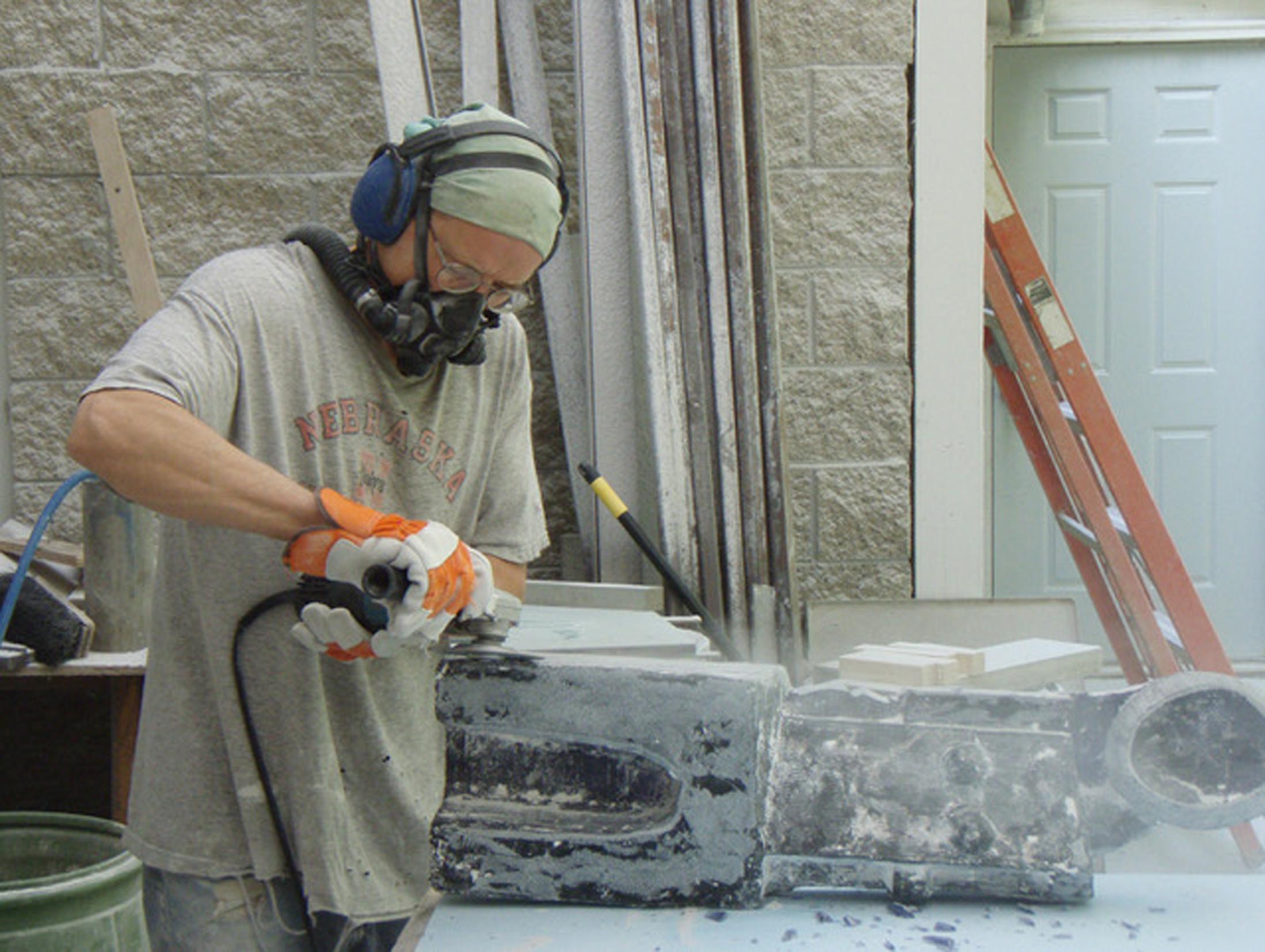Rick grinding glass