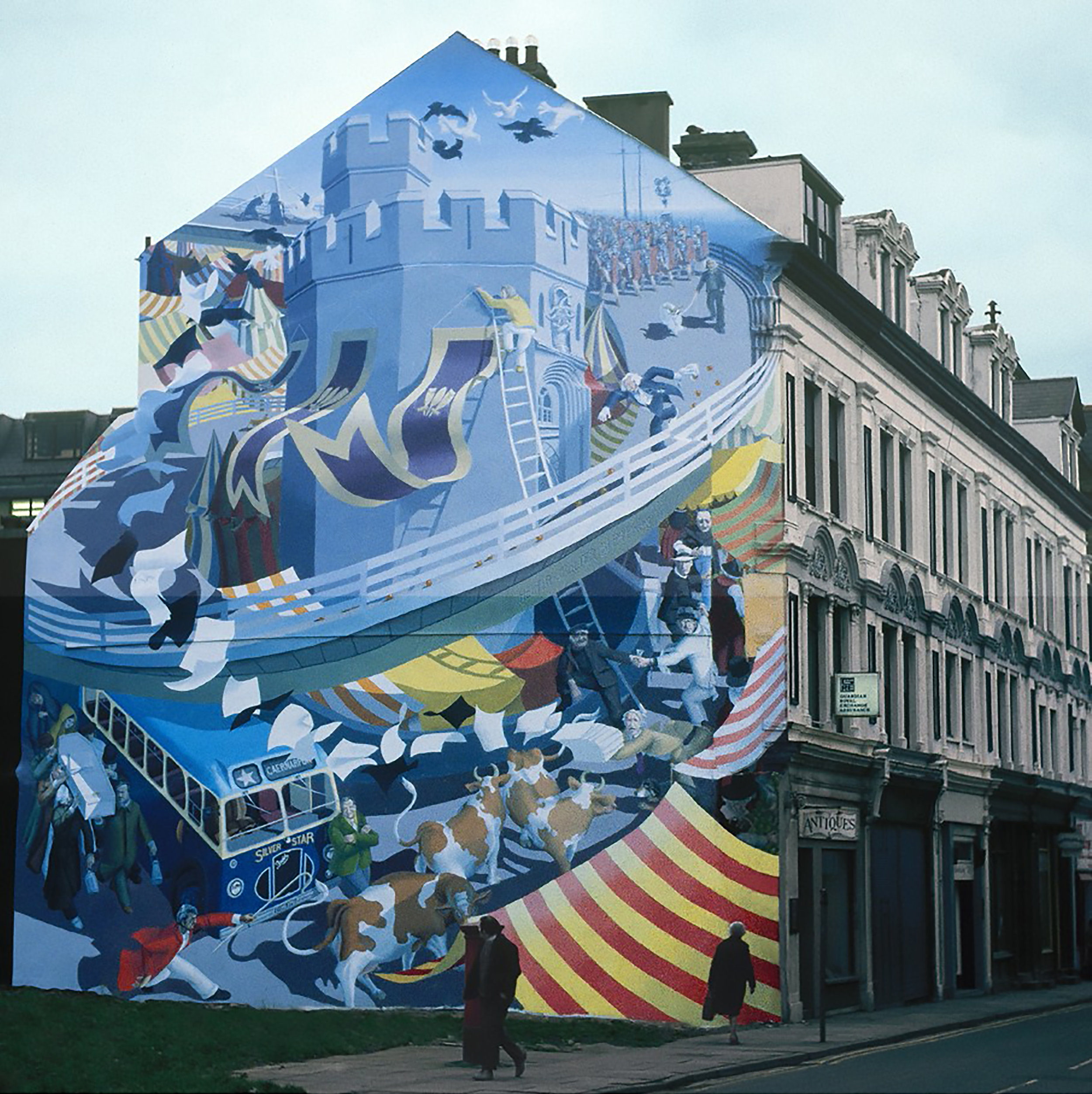 BBC Wales Interview - Povey is interviewed via Skype for a BBC WALES, S4C television program, in which he is asked about proposed plans for a restoration of his iconic Caernarfon, Wales mural HELTER SKELTER.
