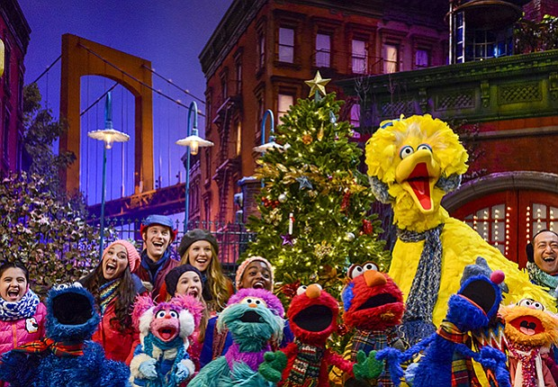 Once_Upon_a_Sesame_Street_Christmas__Zach_Hyman_t800.jpg