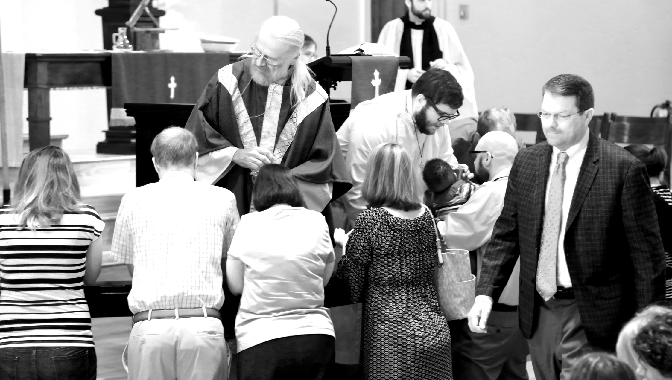 communion bnw.png
