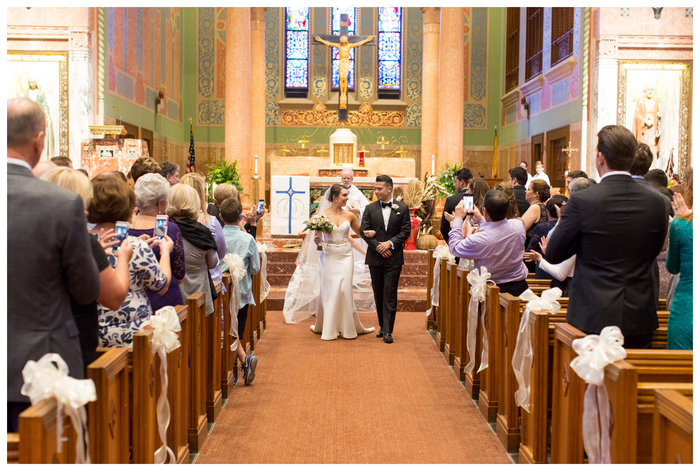 St-Giles-Catholic-Church-wedding-photos