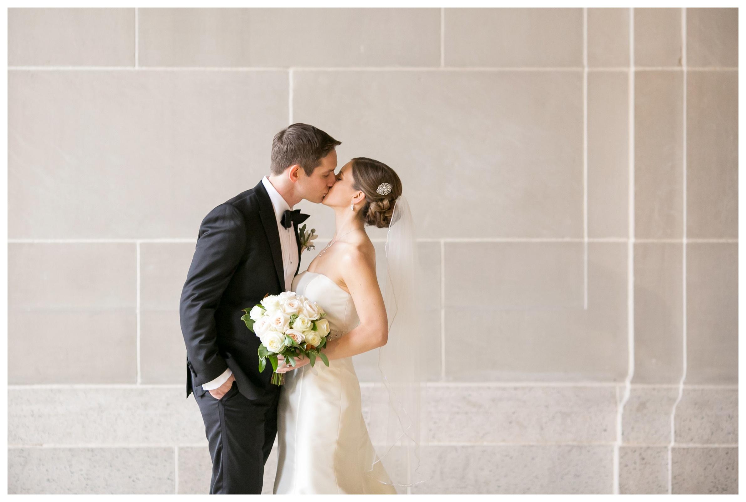 Mid-America-Club-Chicago-Wedding_0011.jpg