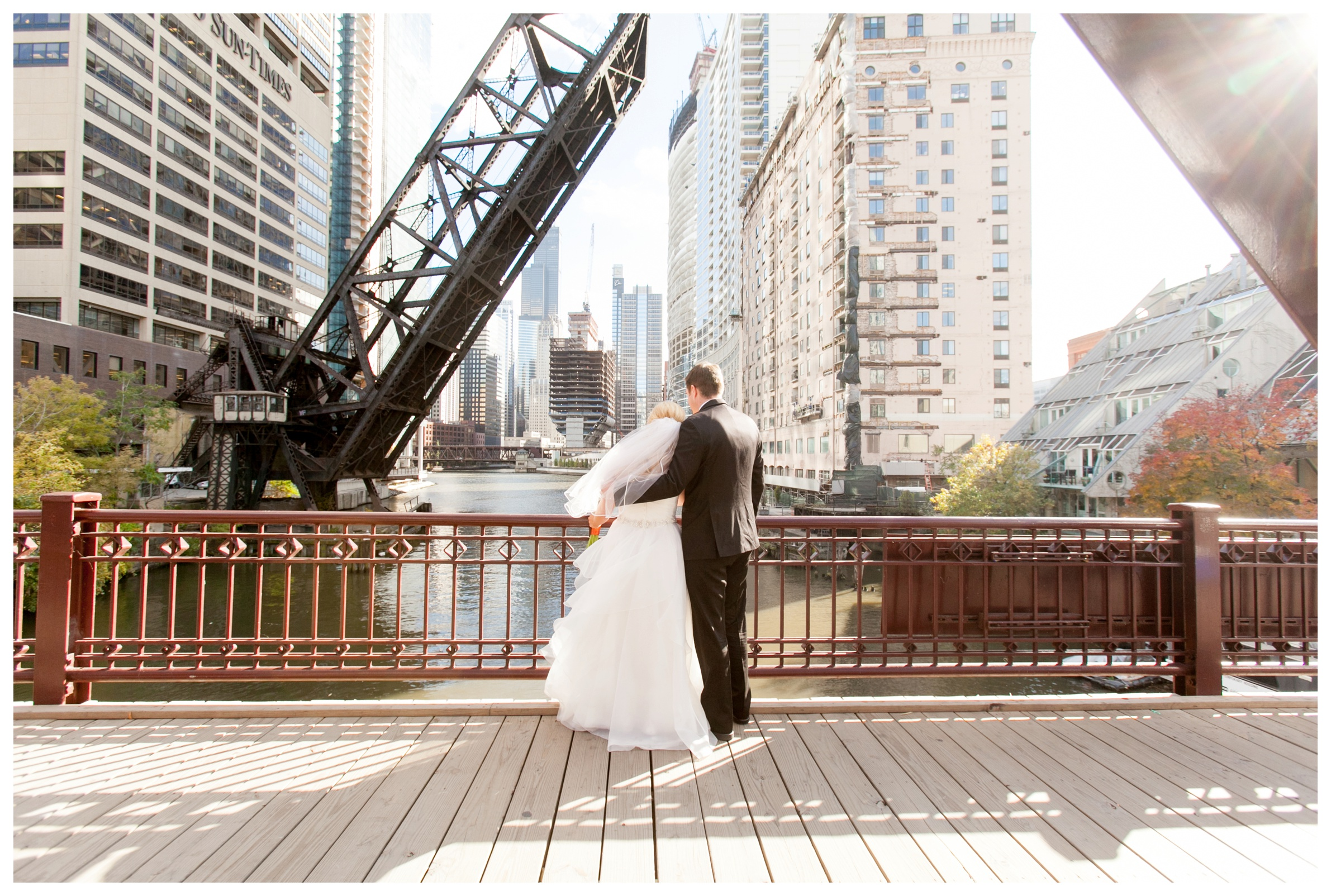 pictures-at-kinzie-street-bridge-wedding