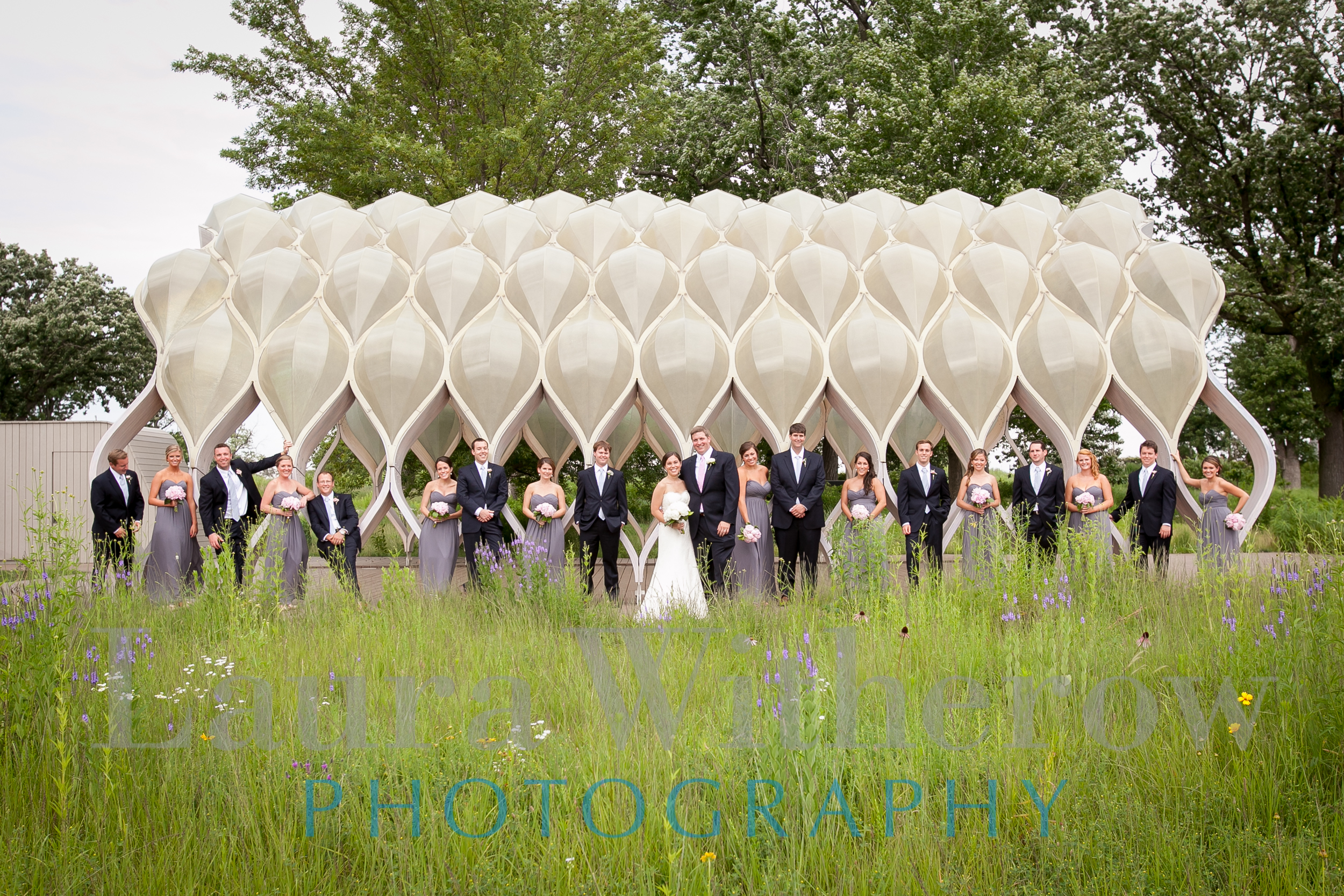 bridal-party-at-honeycomb-lincoln-park.jpg