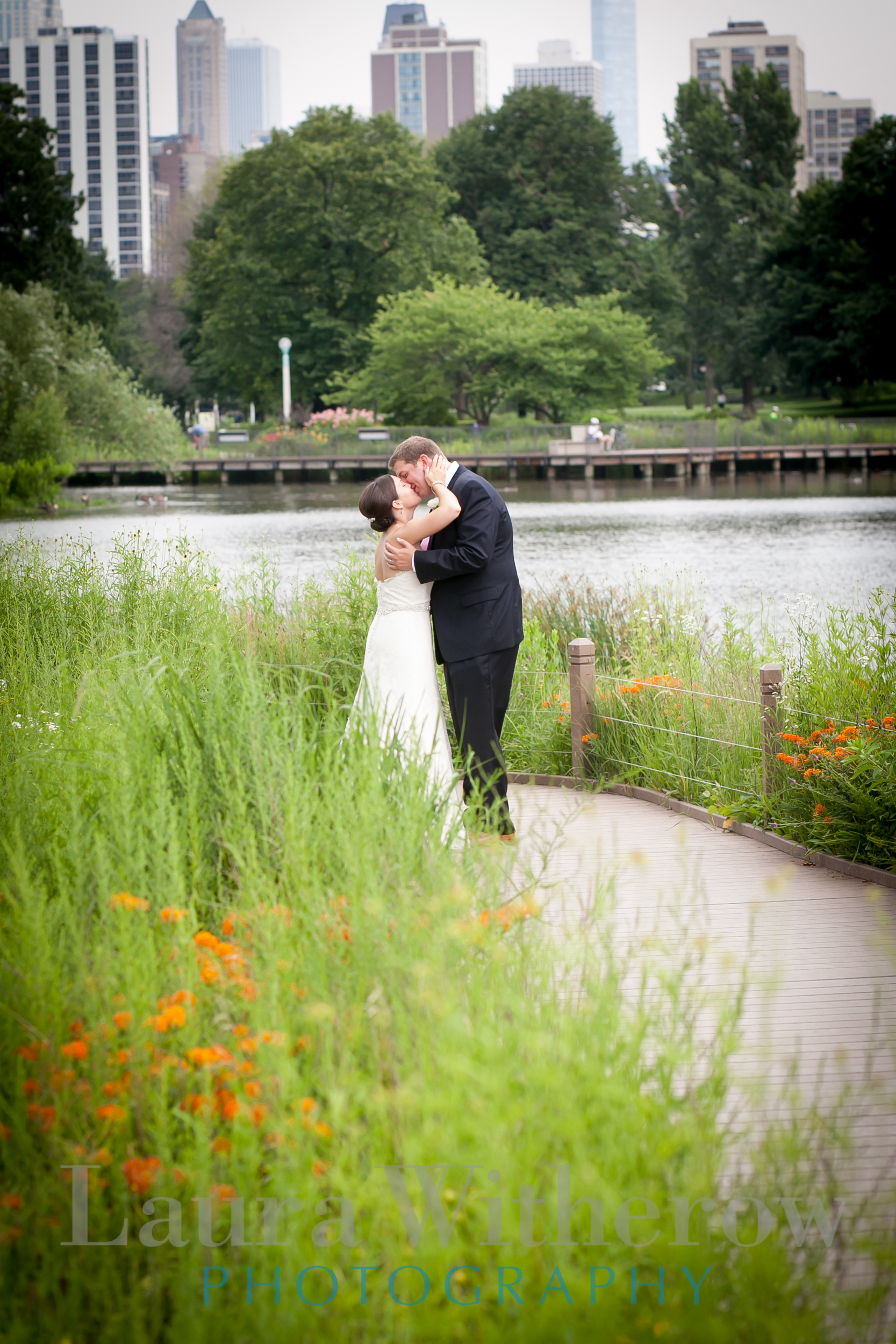 lincoln-park-zoo-wedding-photographers.jpg